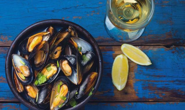 ムール貝の酒蒸しとレモン|副腎疲労blog