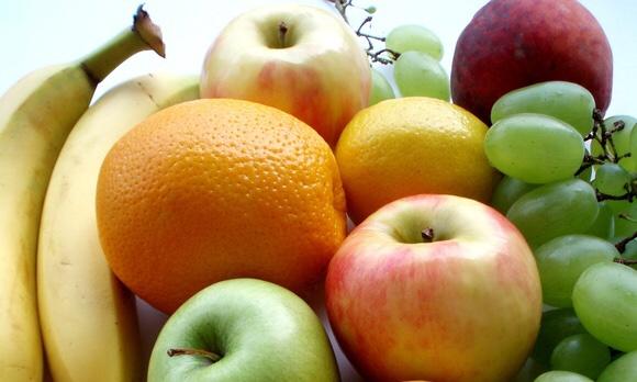 たくさんの美味しそうな果物|副腎疲労blog