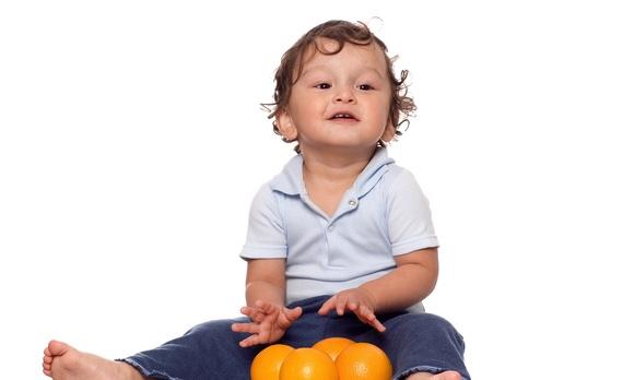 オレンジとかわいい子供の写真|副腎疲労blog