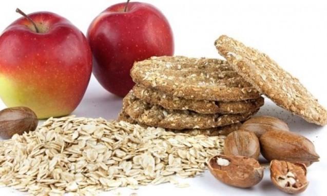 リンゴやアーモンド、シリアルなど食物繊維が多い食材|副腎疲労blog